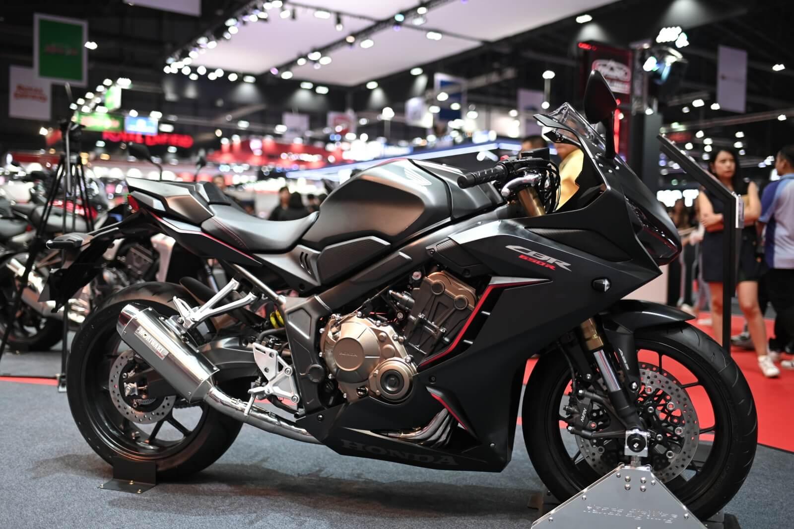 Honda CB650R Furious Max Edition Version 2